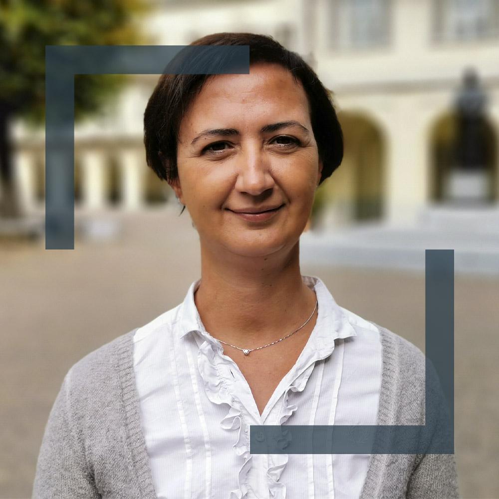 Elena<br />Lospinoso